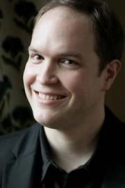 Blüthner Artist Jonas Vitaud